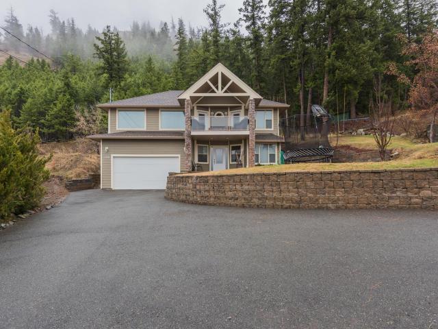 4966 WOODLAND CRT, Kamloops, 3 bed, 3 bath, at $539,500