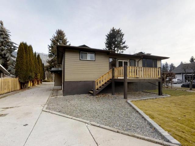 160 BEACHVIEW ROAD, Kamloops, 3 bed, 3 bath, at $494,900