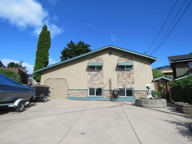 88 CHAPMAN PLACE, Kamloops, 4 bed, 3 bath, at $624,900