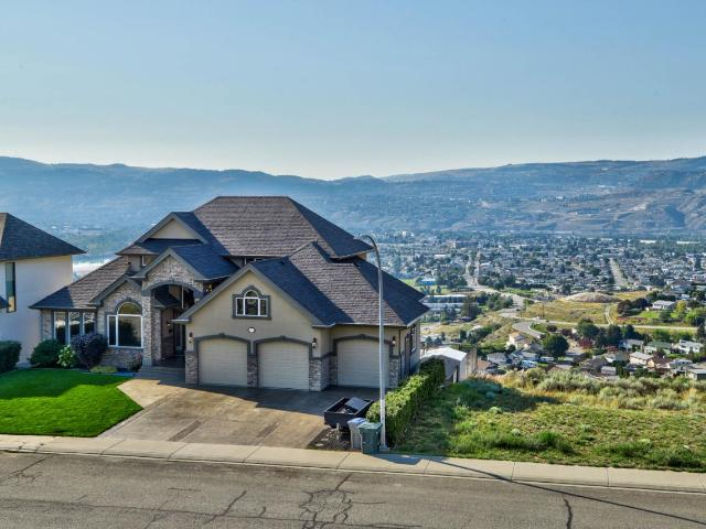 1003 QUAIL DRIVE, Kamloops, 4 bed, 4 bath, at $1,075,000
