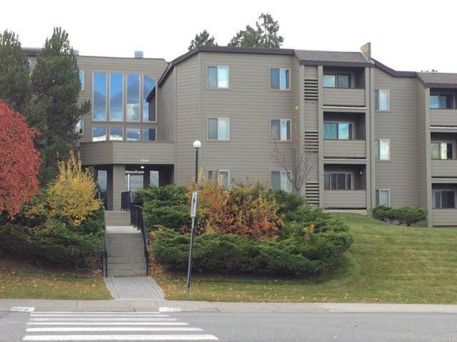 1560 SUMMIT DRIVE, Kamloops, 1 bed, 1 bath, at $129,900