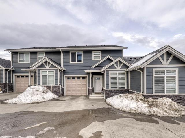 738 DUNROBIN DRIVE, Kamloops, 3 bed, 4 bath, at $459,900