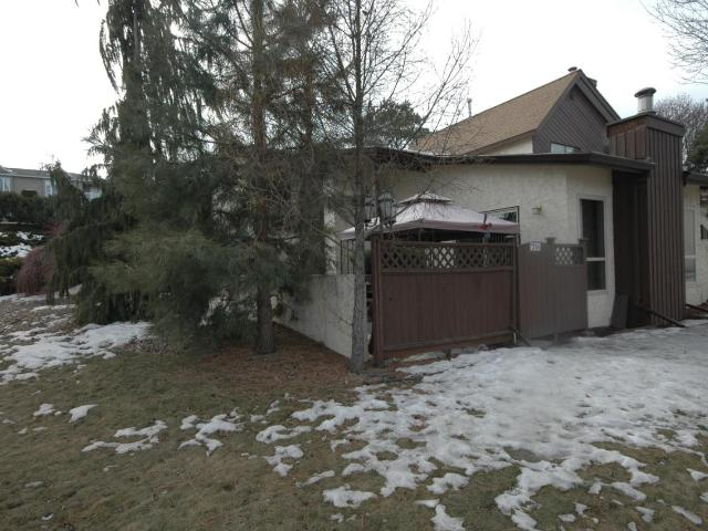 250 PEMBERTON TERRACE, Kamloops, 3 bed, 1 bath, at $299,900