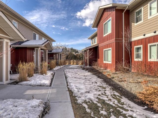 60 HUDSONS BAY TRAIL, Kamloops, 1 bed, 1 bath, at $309,900